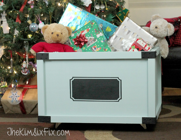 DIY wooden toybox