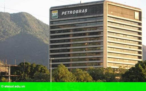 Hình 1: Tập đoàn dầu khí Brazil Petrobras gặp khó khăn trong kinh doanh