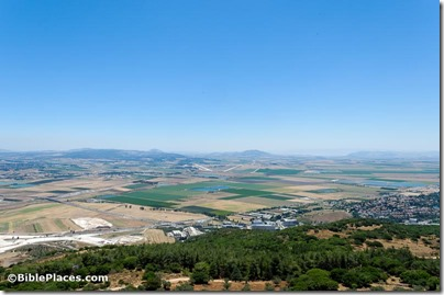 Jezreel Valley from Muhraqa, tb061216339