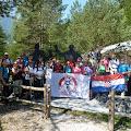 39 jaskanskih planinara kod spomenika Franu Kocbeku i Johannesu Frischaufu u Logarskoj dolini