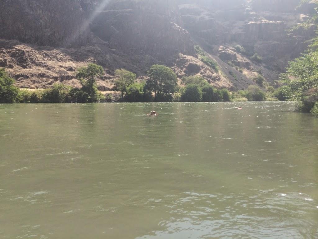 Deschutes River - IMG_0678.JPG