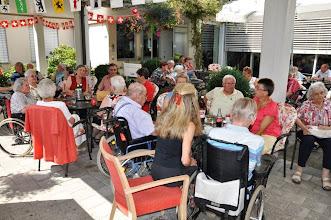 Photo: Viele Bewohnerinnen und Bewohner mit ihren Angehörigen geniessen unsere Vorträge