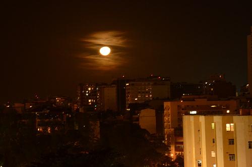 Admirar a lua cheia