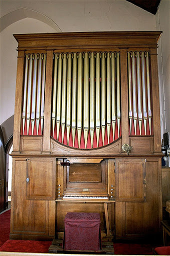 St Matthew's Anglican Church, Rokeby organ [photograph by Trevor Bunning (23 December 2008)]