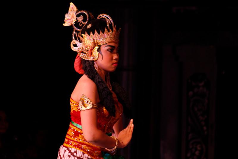 Integrante de Ramayana Ballet Purawisata