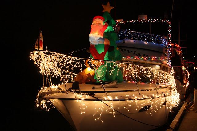 2009 Christmas Boat Parade - IMG_2694.JPG