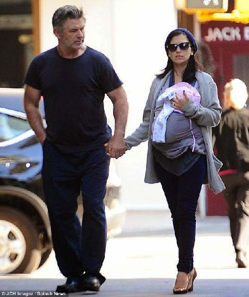 Just one month after giving birth Hilaria Baldwin flaunts her
