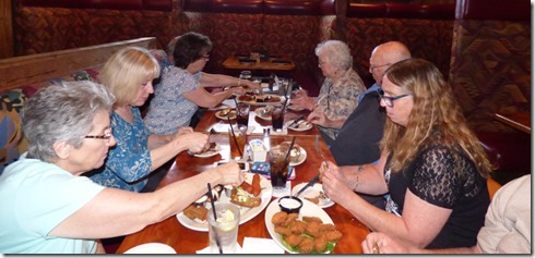 Marcia, Patti, Sandy, Arny, Mom, Dad, Rochelle, Roger at Black Angus