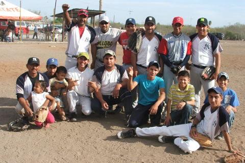 Equipo Yankees del softbol del Club Sertoma