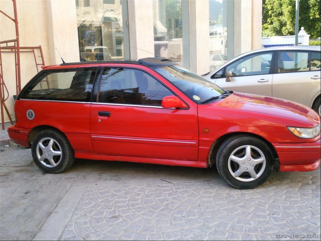 1992 dodge colt base 2dr hatchback 1 5l 4 cyl 4 speed manual
