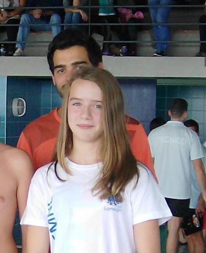 A nadadora Carolina Ribeiro recebe prémio Atleta do Ano