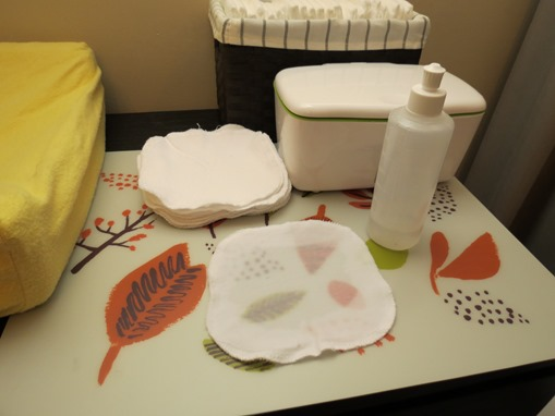 5-surprising-changing-table-essentials (1)
