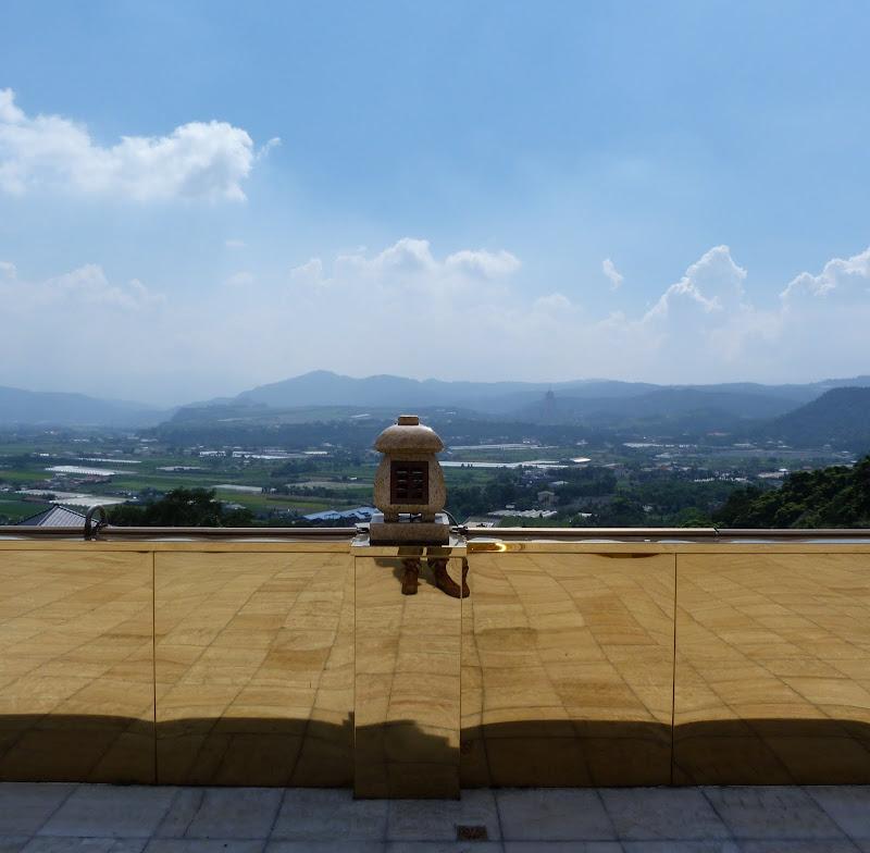 Puli. Divers et Golden Buddha.J 12 - P1170609.JPG
