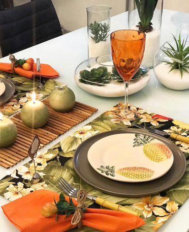 mesa posta tropical lardocecasa