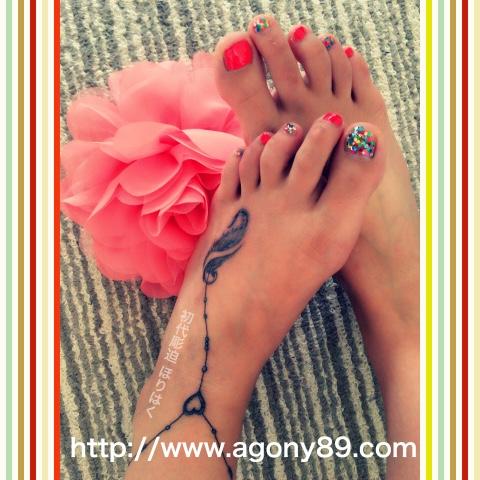 刺青、タトゥー、刺青デザイン、タトゥーデザイン、tattoo、tattoo画像、刺青画像、タトゥー画像、刺青デザイン画像、タトゥーデザイン画像、刺青女性、タトゥー女性、ガールズタトゥー、ワンポイントタトゥー、ボールチェーンタトゥー、アンクレットタトゥー、羽 タトゥー、フェザー タトゥー、英文字タトゥー、メッセージタトゥー、筆記体タトゥー、スクリプトタトゥー、ブラック アンド グレー タトゥー、black and grey tattoo、千葉 刺青、千葉 タトゥー、千葉県 刺青、千葉県 タトゥー、柏 刺青、柏 タトゥー、松戸 刺青、松戸 タトゥー、五香 刺青、五香 タトゥー、タトゥースタジオ 千葉、タトゥースタジオ 千葉県、tattoo studio、タトゥースタジオ、 アゴニー アンド エクスタシー、初代彫迫、ほりはく、彫迫ブログ、ほりはく日記、刺青 彫迫、彫師、刺青師、http://horihaku.blogspot.com