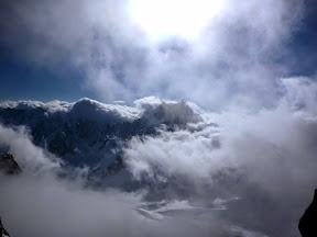 Dent du Géant au prise avec les nuages!