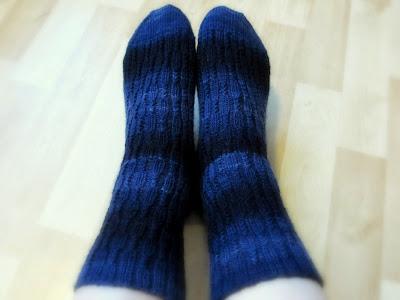 Siniset Petäjä -sukat