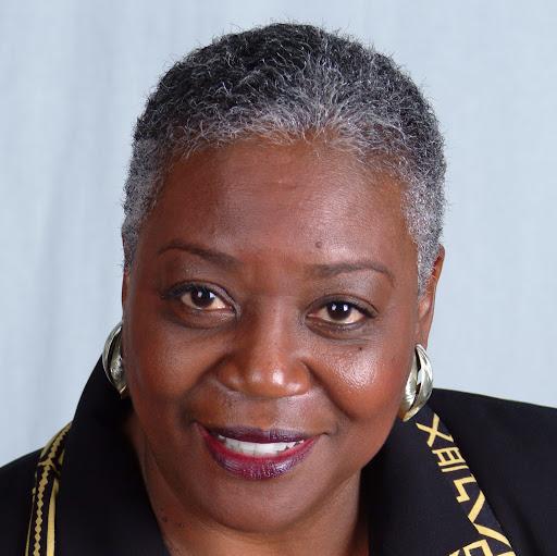 Carol Davenport