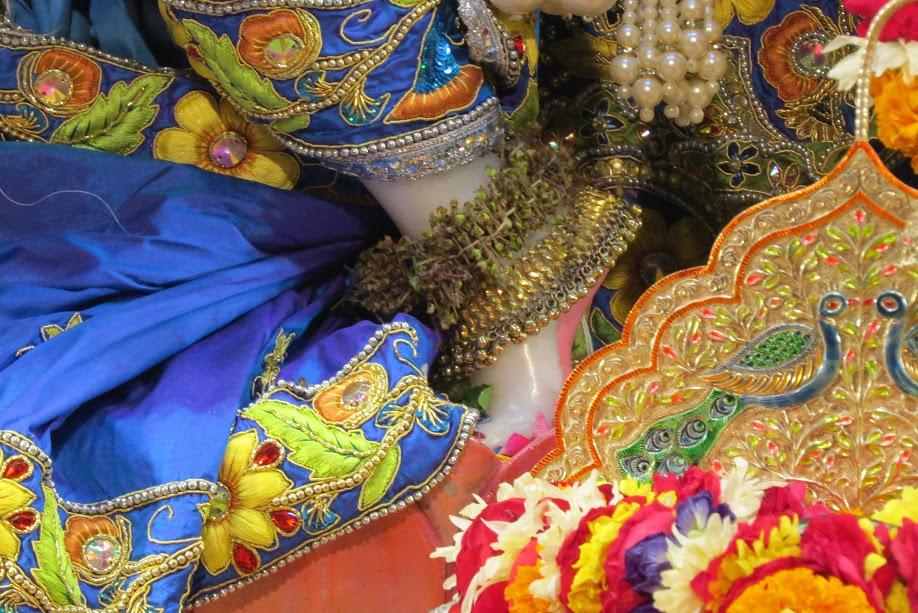 ISKCON Vallabh vidhyanagar Deity Darshan 10 jan 2017 (10)
