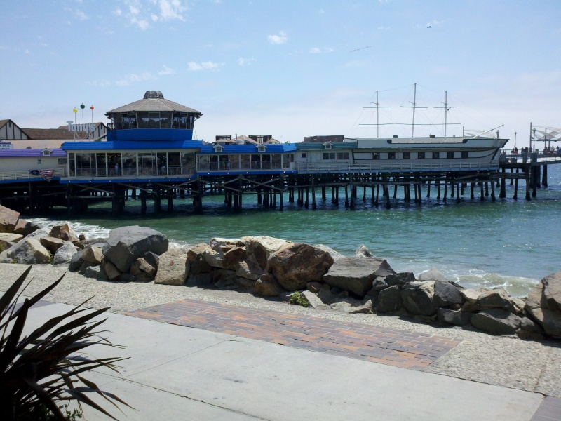 Santa Monica - Long Beach - Santa Monica • Redondo Beach Pier