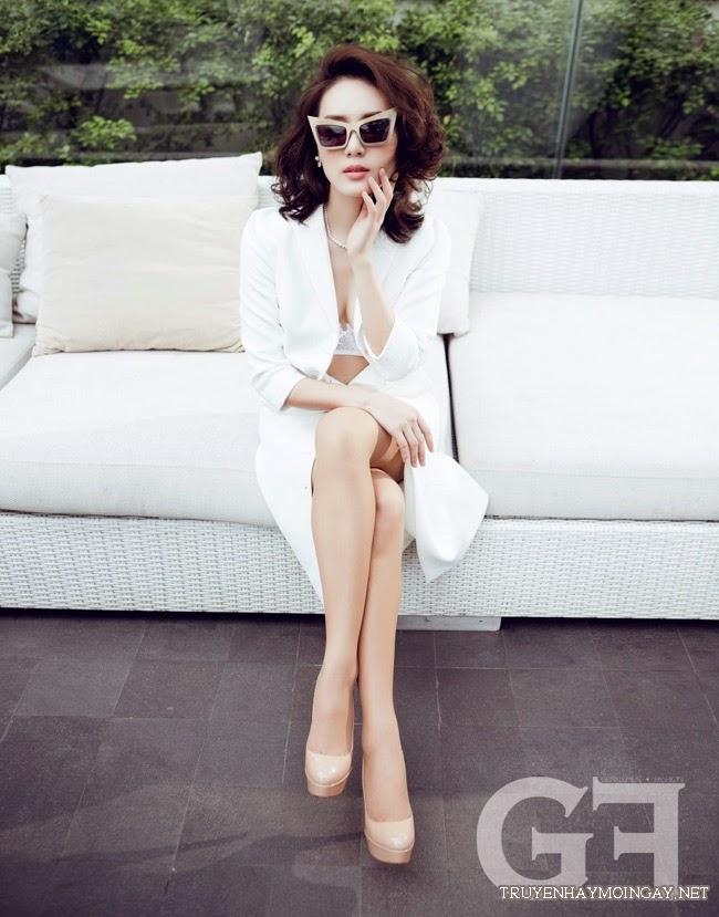 Hot Girl Phương Linh Gợi Cảm Với Nội Y Ren