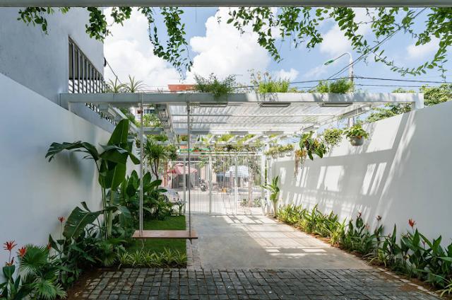 Xây dựng nhà phố đẹp nhờ đánh bay nhược điểm thiếu sáng | Q House