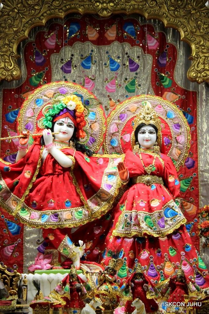 ISKCON Juhu Mangal Deity Darshan on 28th Aug 2016 (19)