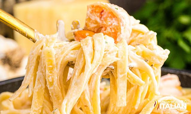 olive garden shrimp alfredo fork full