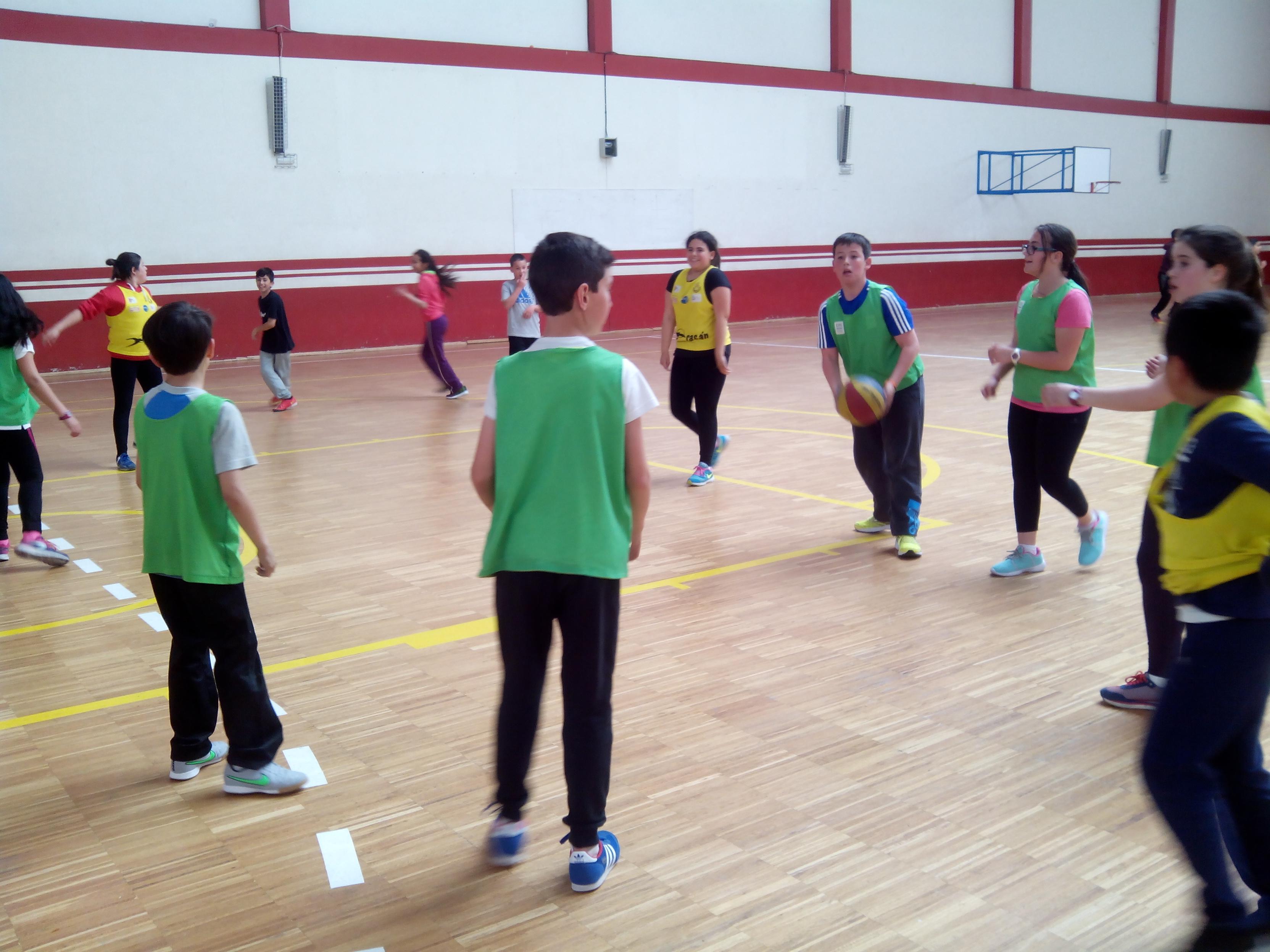 Baloncesto 2016 cp otero de navascu s - Colegio otero de navascues ...