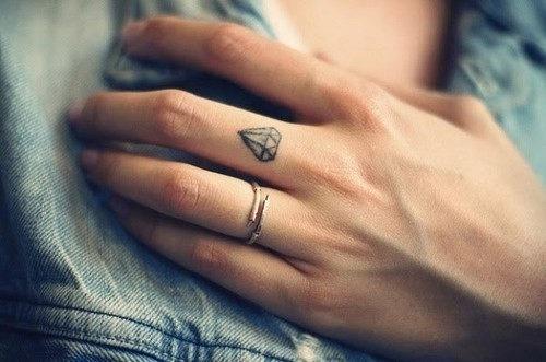 pequenas_tatuagens_28
