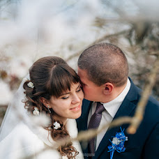 Wedding photographer Boris Matveev (Borislav). Photo of 15.03.2016
