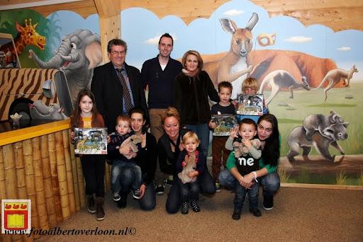 Prijsuitreiking ballonnenwedstrijd  kermis Vierlingsbeek en Overloon 01-12-2012 (31).JPG