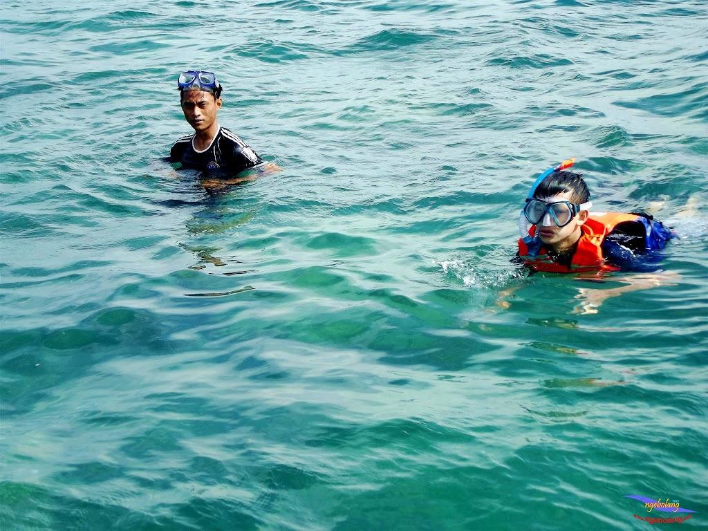 family trip pulau pari 140716 Fuji 074