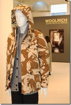 11 - WOOLRICH MENS FW17 COLLECTION SET UP