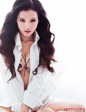 Bộ ảnh full về Phương Trinh Jolie