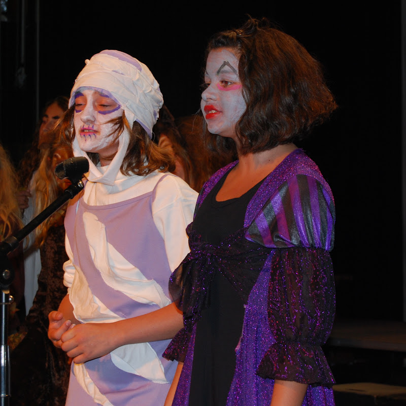 2009 Frankensteins Follies  - DSC_3244.JPG