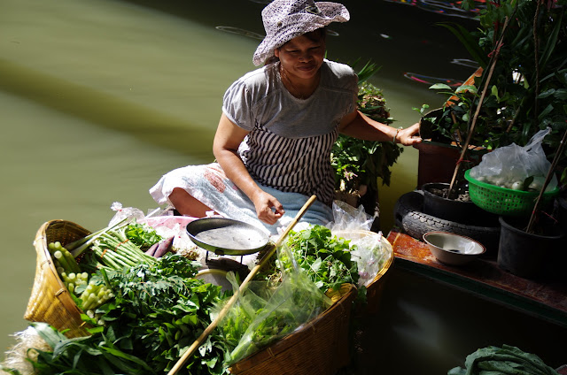 Blog de voyage-en-famille : Voyages en famille, Bangkok, Chatuchak et les klongs