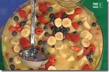 Crema tana con frutta fresca