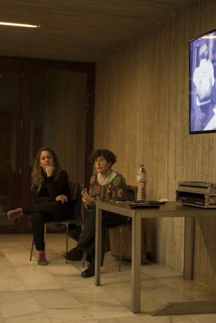 2015-11 Performance de Esther Ferrer