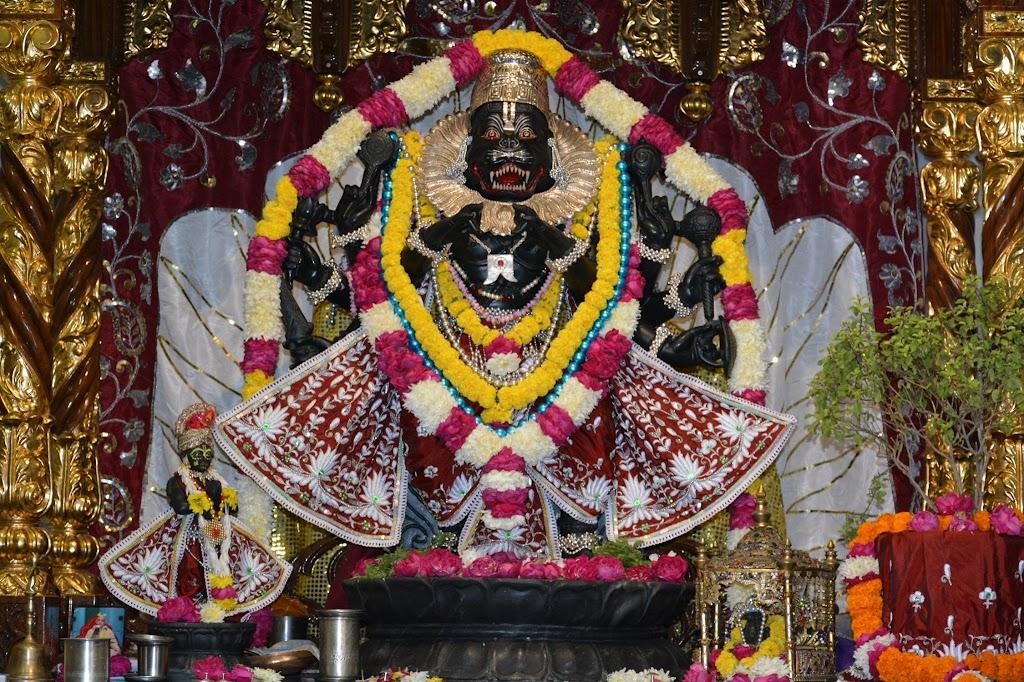 ISKCON Ujjain Deity Darshan 14 Dec 2015 (1)
