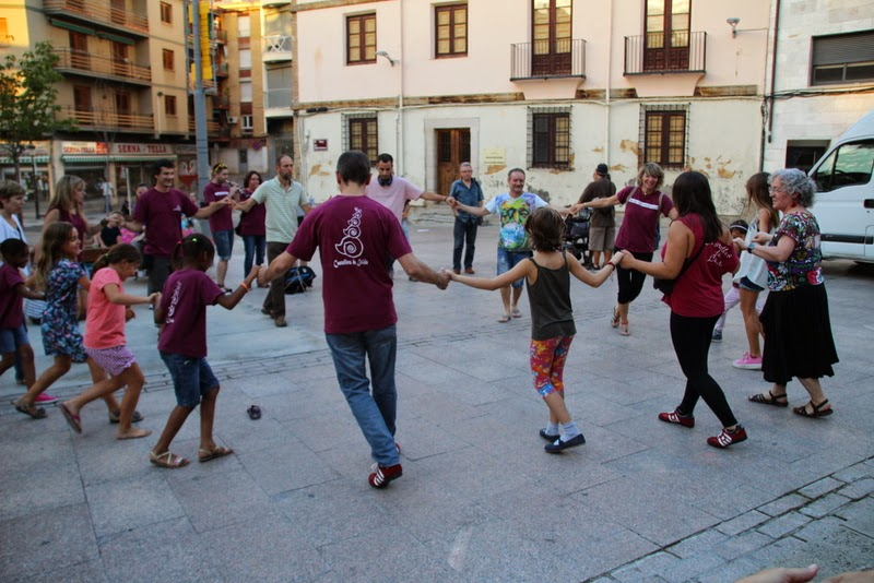 Festa infantil i taller balls tradicionals a Sant Llorenç  20-09-14 - IMG_4436.jpg