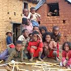 2012 : Quelques enfants au village