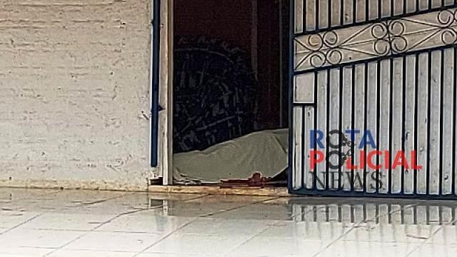 Homem é assassinado na frente da mãe de 72 anos em Vilhena