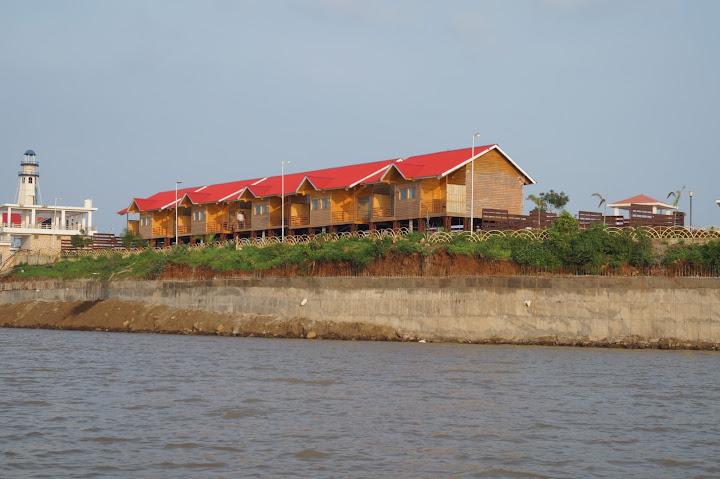 Omkareshwar and Hanmuntiya water resort - DSC06564.JPG