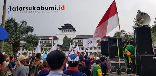 Pemerintah Defisit, Dana Bantuan Pendidikan Menengah Universal Provinsi Jawa Barat Berkurang