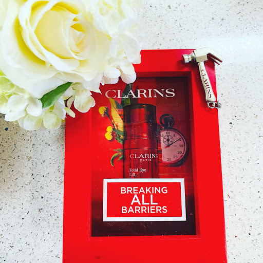 Perfect Your Eyes with Clarins Total Eye Lift! #CLARINS