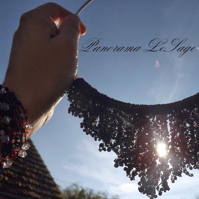 Rosa naszyjnik szydełkowy biżuteria szydełkowa Panorama LeSage
