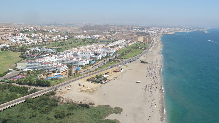 Hoteles en la urbanización de La Marina de Mojácar.