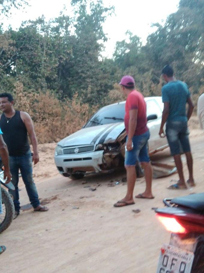 Acidente em Jacareacanga deixa dois jovens feridos gravemente