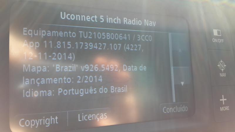 Atualizações do uConnect e do TOMTOM 2015-08-18%25252013.30.48